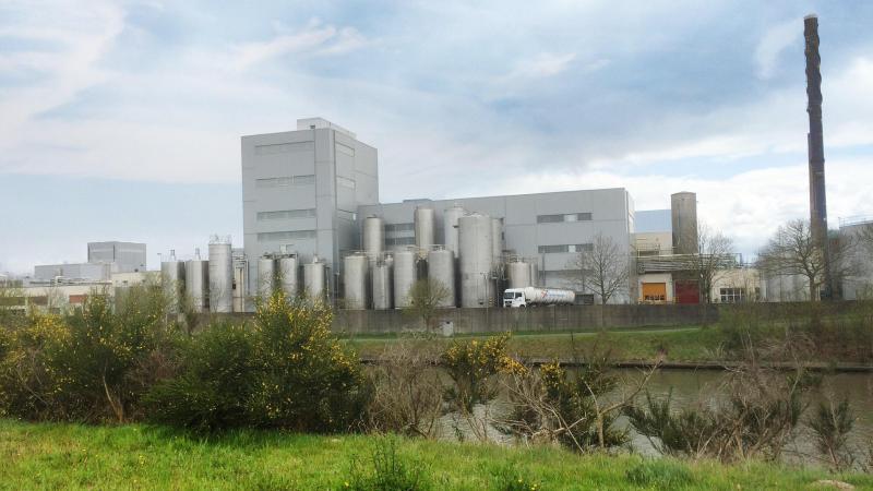 Water dat vroeger enkel werd gebruikt om de verschillende installaties in de fabriek in Aalter te reinigen, wordt nu opgevangen, gefilterd en hergebruikt.